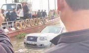 Nam Định: Xe 7 chỗ trôi xuống sông trong lúc chờ phà, 1 phụ nữ tử vong