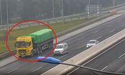 Phạt 17 triệu, tước bằng lái 6 tháng đối với tài xế xe tải chạy lùi trên cao tốc