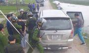 Hà Tĩnh: Vây bắt 2 đối tượng đi ô tô chở 45kg ma túy