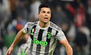 """Chủ tịch Bayern thẳng thừng mỉa mai """"Ronaldo đã quá già"""""""
