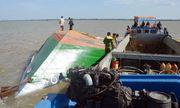 Công an tỉnh Sóc Trăng nỗ lực tìm kiếm hai cháu bé mất tích trong vụ lật sà lan trên sông Hậu