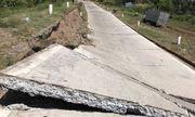 Sụt lún 100m đường phòng hộ đê biển Tây ở Cà Mau