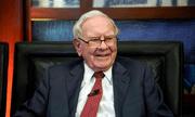 Sau nhiều năm trung thành với chiếc điện thoại giá 20 USD, tỷ phú Warren Buffett đã chuyển sang dùng iPhone