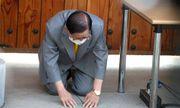 Hàn Quốc: Cảnh sát đột kích, ép giáo chủ Tân Thiên Địa phải xét nghiệm lại
