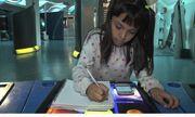 Ngưỡng mộ bé gái 8 tuổi được thầy hiệu trưởng viết thư mời nhập học đại học