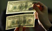 Video: Cựu mật vụ Mỹ chỉ cách nhận biết đồng 100 USD giả