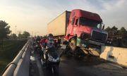 Tin tai nạn giao thông mới nhất ngày 21/3/2020: Tài xế container buồn ngủ, xe leo lên dải phân cách