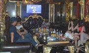 Hải Phòng: Hàng chục nam nữ vui vẻ tại quán karaoke bất chấp dịch Covid-19