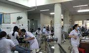 Gần 100 công nhân cấp cứu sau khi ăn món chay tại công ty