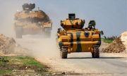 Thổ Nhĩ kỳ tiếp tục điều hàng chục xe quân sự tới