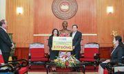 Tân Chủ tịch HanoiFC Đỗ Vinh Quang cùng CLB ủng hộ 1,5 tỷ đồng cho 2 bệnh viện tuyến đầu