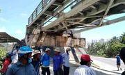 Bình Định: 2 nữ sinh tử vong thương tâm vì mải chụp ảnh cạnh đoàn tàu đang chạy