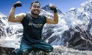 Video: Người đàn ông Malaysia liệt 2 chân chinh phục thành công Everest