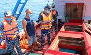 Tạm giữ tàu chở 50.000 lít dầu D.O