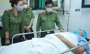 Hà Nội: Trung úy công an bị đối tượng vi phạm đâm xe vào người trọng thương