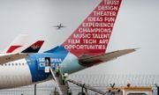 Đến Trung Quốc lấy vật tư y tế, 2 máy bay Canada quay về 'tay không'