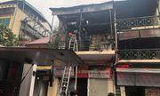 Ngôi nhà trên phố Hàng Ngang bất ngờ lại bùng cháy