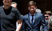 Vụng trộm với người mẫu Playboy, Messi bị dọa giết