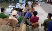 Nam Định: Ô tô 7 chỗ lao xuống nước, 2 người tử vong