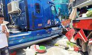 Xe khách và container đấu đầu kinh hoàng, cựu giáo viên tử vong thương tâm