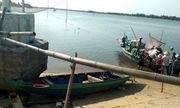 Vụ lật ghe 5 người mất tích trên sông Thu Bồn: Người cha \