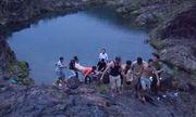 Xót xa 2 em học sinh cuối cấp tắm hồ đuối nước thương tâm