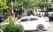 Vụ xe Mazda bỏ chạy hất chiến sĩ công an lên nắp capô: Hé lộ danh tính tài xế