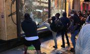Đêm cướp bóc ở New York: Từ biểu tình ôn hòa biến thành trận chiến của những kẻ