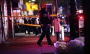 Ngăn chặn hôi của, cảnh sát Mỹ bị đâm vào cổ