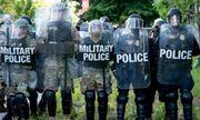 """Washington sắp đối mặt """"sóng thần"""" biểu tình, Nhà Trắng bố trí lính bắn tỉa ứng phó"""