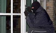Trích xuất camera, truy tìm 2 thanh niên leo cửa sổ nhà nữ đại gia 28 tuổi trộm hơn 2 tỷ đồng
