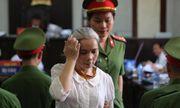 Phúc thẩm vụ sát hại nữ sinh giao gà: Bùi Thị Kim Thu gây bất ngờ với diện mạo khác lạ, tóc bạc trắng
