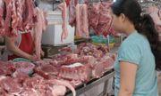 """""""Giá lợn chỉ giảm trên tivi"""": Doanh nghiệp lãi đậm, người tiêu dùng chịu thiệt"""