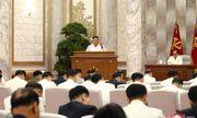 Ông Kim Jong-un tái xuất tại cuộc họp quan trọng, yêu cầu cảnh giác tối đa với dịch Covid-19