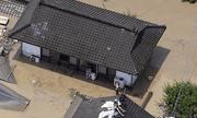 Nhật Bản huy động 10.000 lính cứu hộ ứng phó với mưa lũ kinh hoàng