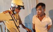 TP.HCM: Bị cảnh sát truy đuổi, kẻ cướp giật bỏ xe chạy trốn