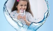 WHO cảnh báo nguy hiểm của những chai nước tinh khiết đối với trẻ nhỏ
