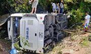 Video: Hiện trường thảm khốc vụ lật xe ở Quảng Bình, ít nhất 8 người chết