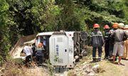 Vụ lật xe 15 người chết ở Quảng Bình: Tài xế không đủ điều kiện điều khiển xe khách 47 chỗ ngồi