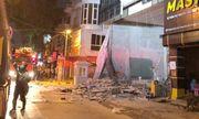 Nhân chứng vụ gãy thang công trình, 4 người thương vong ở Hà Nội: Tòa nhà tóe lửa, người nằm la liệt