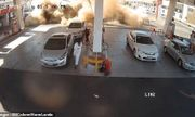 Video: Trạm xăng bất ngờ phát nổ như bom khi xe bồn đang tiếp nhiên liệu
