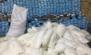 Đột kích hàng loạt nhà xưởng, phát hiện nhiều tấn găng tay đã sử dụng được tái chế để bán ra thị trường