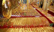 Giá vàng hôm nay 12/8/2020: Giá vàng SJC lao đốc không phanh, giảm 5 triệu đồng/lượng