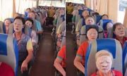 Chỉ với thứ này, hướng dẫn viên du lịch khiến toàn bộ hành khách đều im lặng, nhìn kỹ ai cũng bật cười