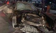Xe Lexus gây tai nạn liên hoàn trên phố đi bộ khiến nữ công an tử vong