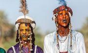 Lạ kỳ bộ lac Châu Phi tôn sùng cái đẹp, tự cho mình là người đẹp nhất hành tinh