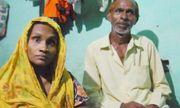 """Không đủ tiền trả viện phí, cặp vợ chồng Ấn Độ buộc lòng """"bán"""" con cho bệnh viện"""