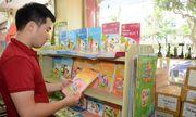 Bộ GD&ĐT yêu cầu không ép học sinh, phụ huynh mua tài liệu tham khảo ngoài SGK