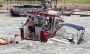 Diễu hành ủng hộ Tổng thống Trump ở hồ Travis, 4 con thuyền chìm nghỉm