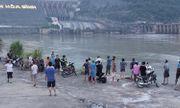 Vụ nam sinh lớp 11 mất tích khi tắm sông Đà: Tìm thấy thi thể nạn nhân